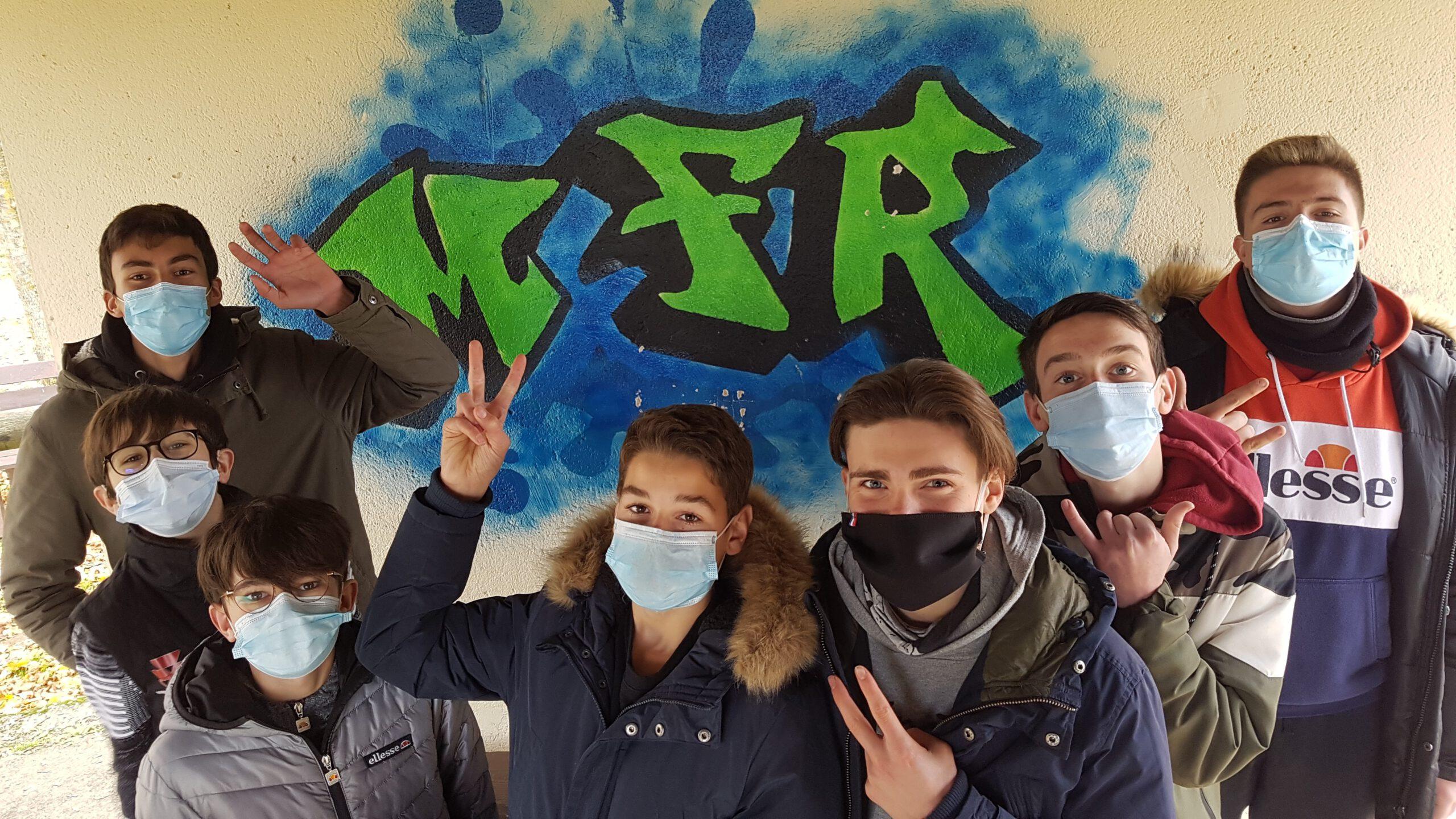 Jeunes masqués à la MFR